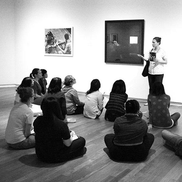 Educación-y-Mediación-en-Museos-600x600.jpg
